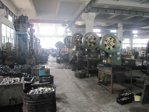 Vruće kovani stroj