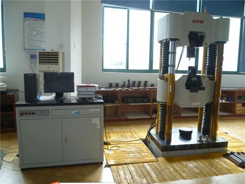Univerzalni ispitivački strojevi
